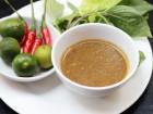 Mắm nêm mang hương vị Đà Nẵng, được pha chế theo công thức đặc biệt của Hoàng Bèo